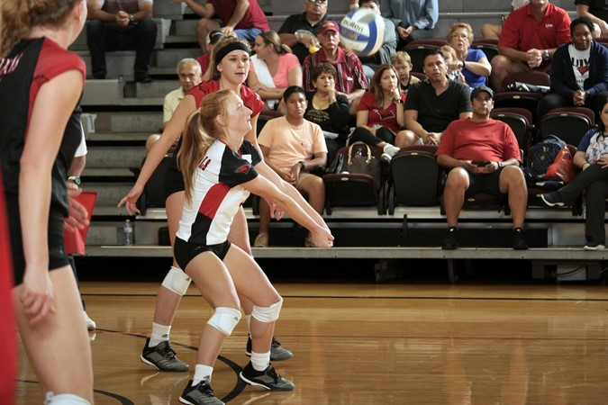 Volleyball hangs tough, falls to SFA - University of the Incarnate